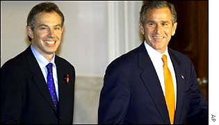 UK Prime Minister Tony Blair (l) and US President George W Bush